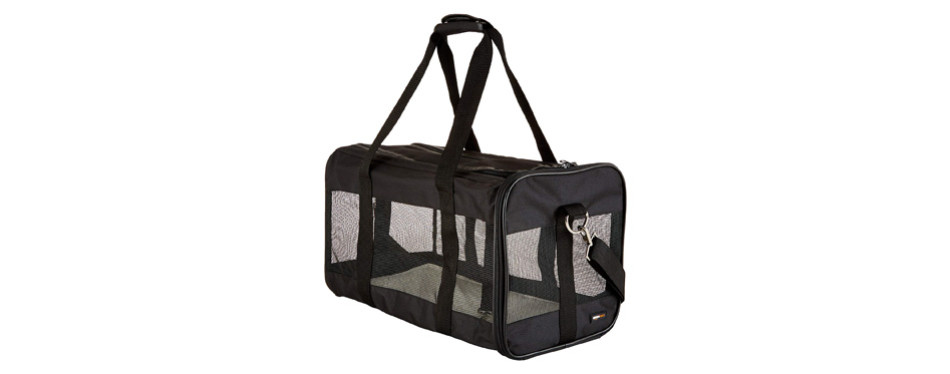 AmazonBasics Soft-Sided Airline Approved Pet Carrier