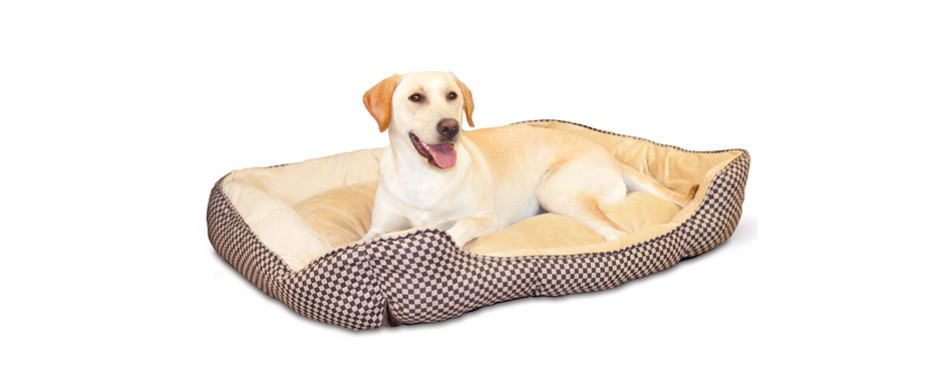 K&H Pet Products Self-Warming Lounge Heated Dog Bed