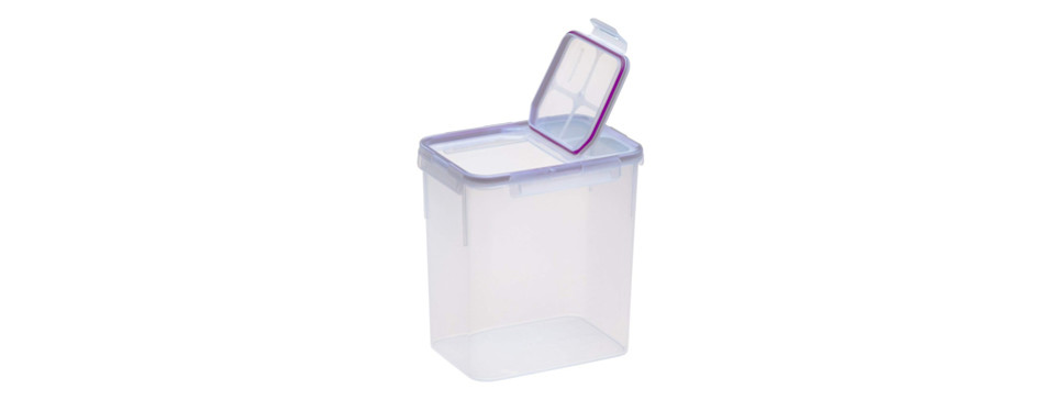 snapware container